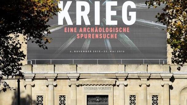 plakat-zur-schau-krieg-am-landesmuseum-halle