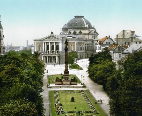 Kunst und Geschäft – Podiumsdiskussion an der Oper Halle