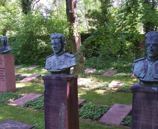 Das sowjetische Gräberfeld auf dem Südfriedhof